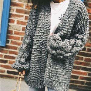 Sweaters - Last 1✨🆕Presley Gray Chunky Puff Sleeve Cardigan